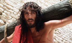 Robert-Powell-in-Jesus-of-007