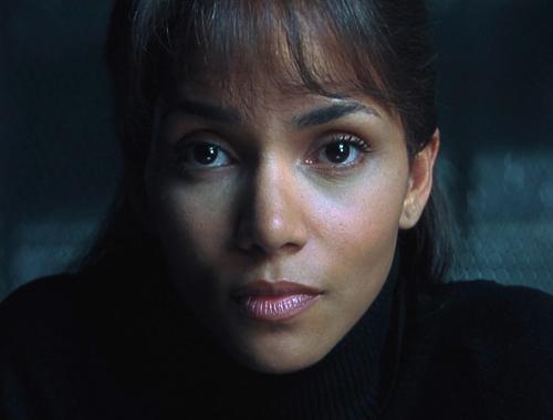 Halle Berry 1990s