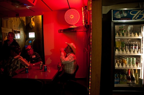 william-albert-allard-28 - montana-bar