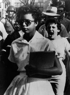 elizabeth-eckford-one-of-the-nine-everett