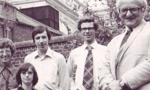 oed-1976-detail