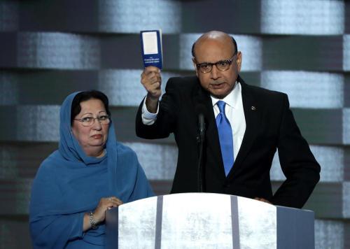 584274482-khizr-khan-father-of-deceased-muslim-u-s-soldier.jpg.CROP.promo-xlarge2