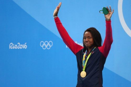 Simone-Manuel-getting-the-gold-1024x682