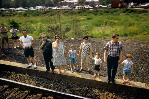 USA. Tacony, PA. 1968. Robert KENNEDY funeral train.