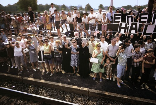 USA. Torresdale, PA. 1968. Robert KENNEDY funeral train.