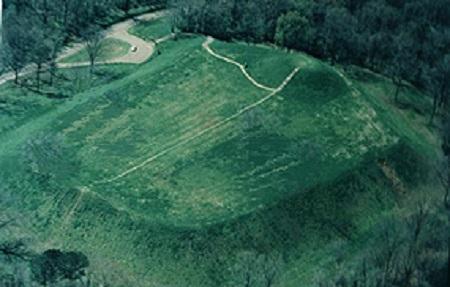 emerald-mound-circa-2011